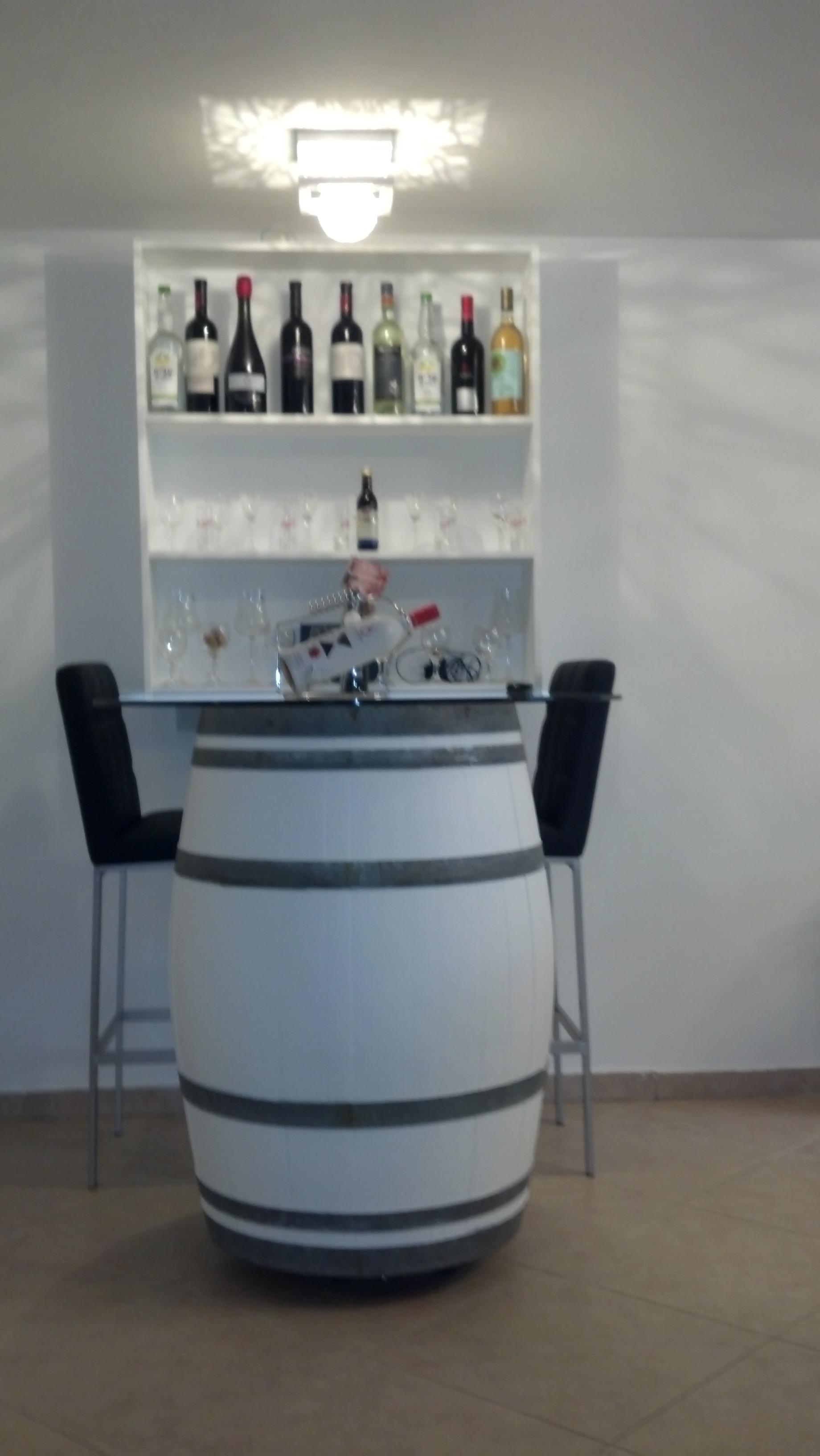 מצטיין ריהוט ואביזרי נוי   מבחר חביות יין מקוריות משומשות למכירה   נוי גן ZJ-24