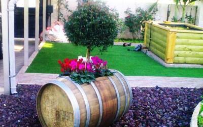 חבית יין משומשת בחיתוך אופקי