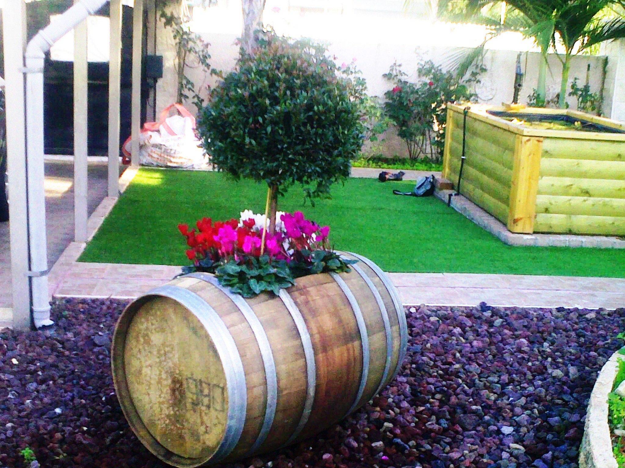 האופנה האופנתית ריהוט ואביזרי נוי   מבחר חביות יין מקוריות משומשות למכירה   נוי גן BU-97